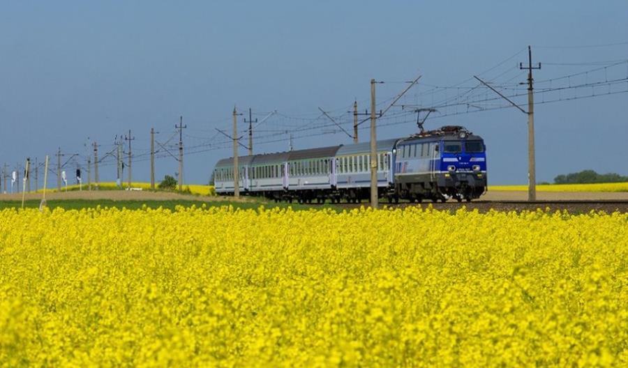 PKP IC wyremontuje 18 lokomotyw EP09