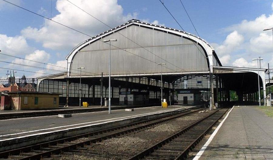 W Legnicy PLK odświeżą perony. Pojawią się też windy