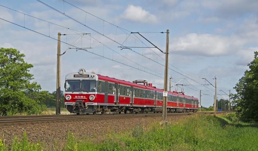 Polska szybciej zliberalizuje rynek kolejowy. Cena za pomoc Przewozom Regionalnym