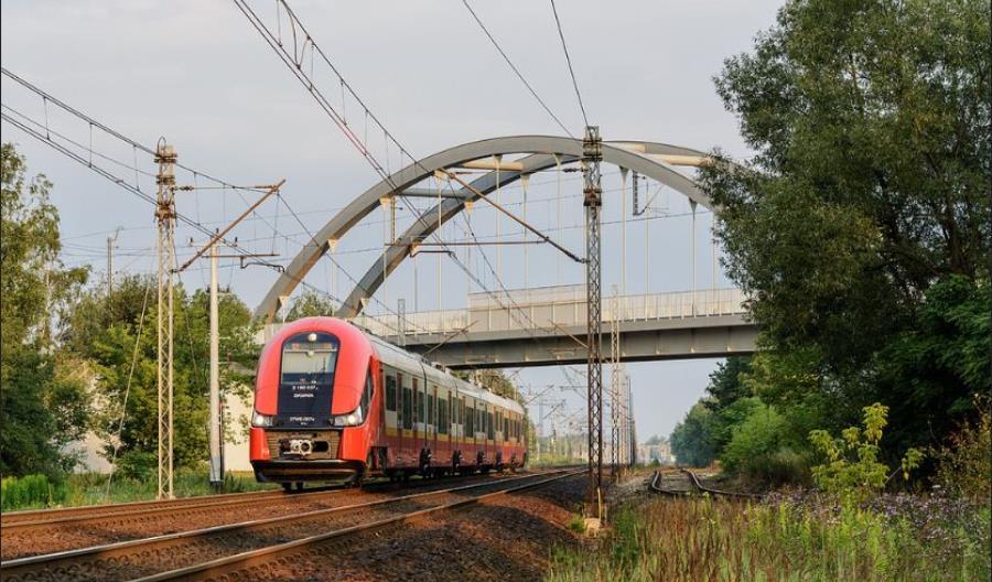 SKM Warszawa ogłasza przetarg na nawet 21 nowych pociągów