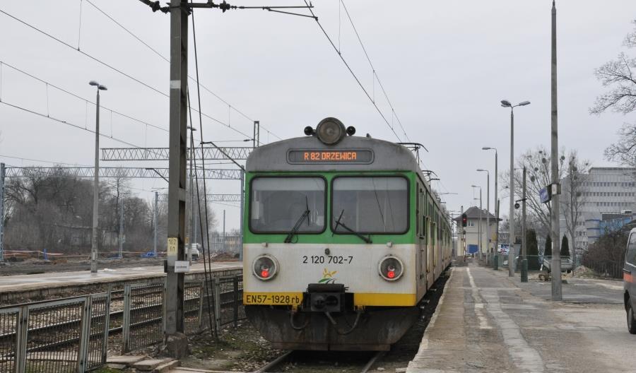 Czy Radom i Kielce zostaną kolejowo odcięte od Warszawy?