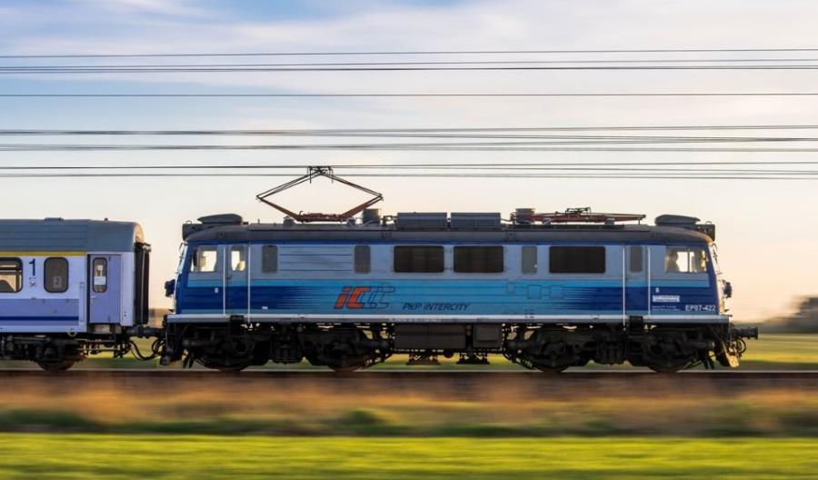 Odwołanie PKP Intercity skuteczne. Będą środki z CUPT na nowy tabor