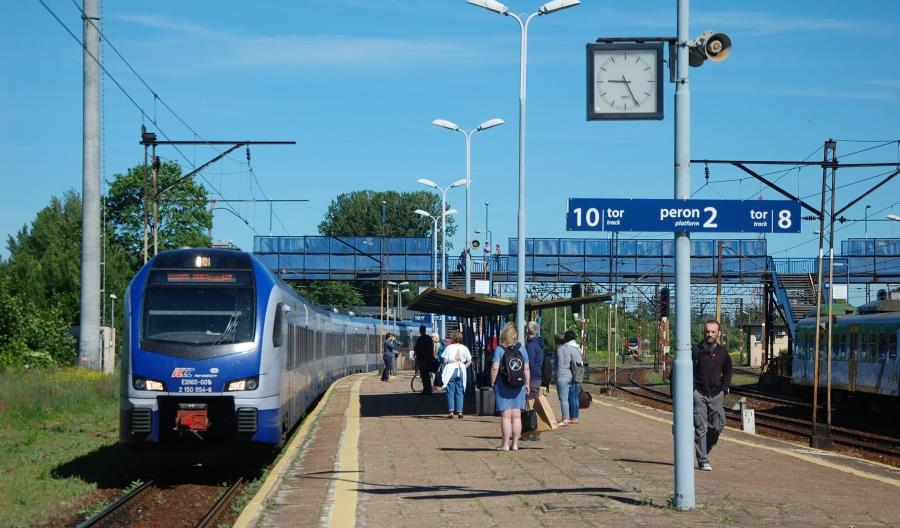 PKP Intercity: Priorytet dla połączeń międzywojewódzkich jest zasadny