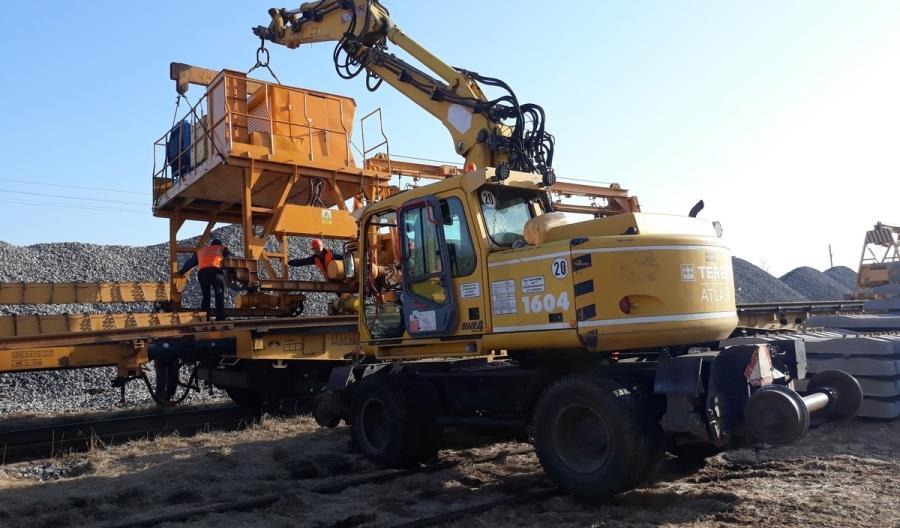 Trwają prace przy modernizacji linii 219 między Ełkiem a Piszem