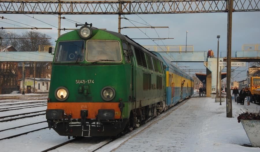 Przewozy Regionalne opróżniają bazę w Krzyżu ze starych lokomotyw