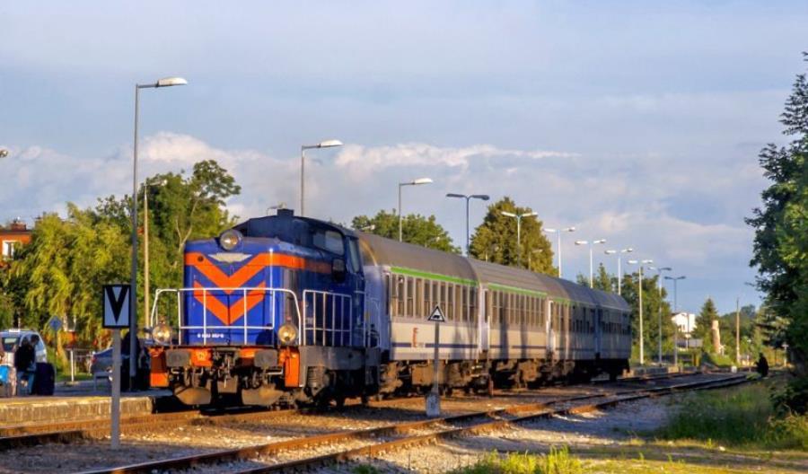 FPS Cegielski nie naprawi lokomotyw PKP Intercity. Oferta odrzucona [aktualizacja]