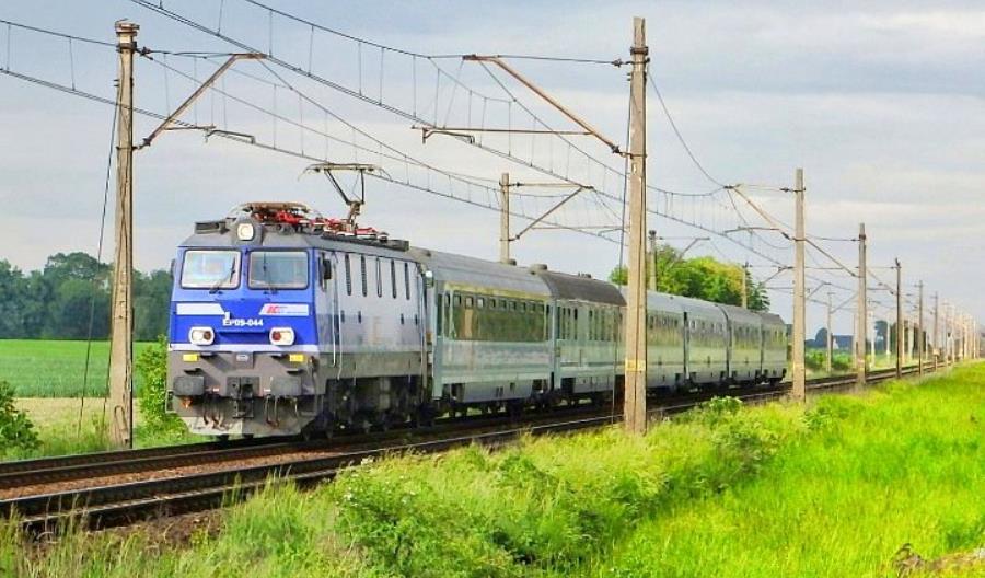 Nowy przetarg PKP IC na naprawy lokomotyw EP09