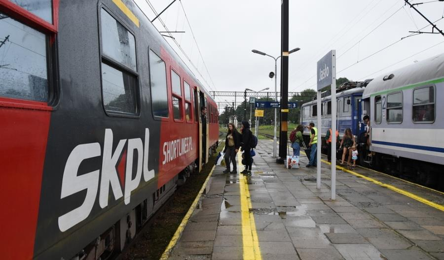 PKP Intercity szuka podwykonawcy dla odcinka Jasło – Zagórz. Znów pojedzie SKPL?