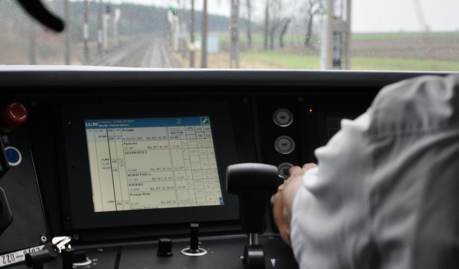 UTK przeciwko podwyższeniu prędkości do 160 km/h z jednym maszynistą