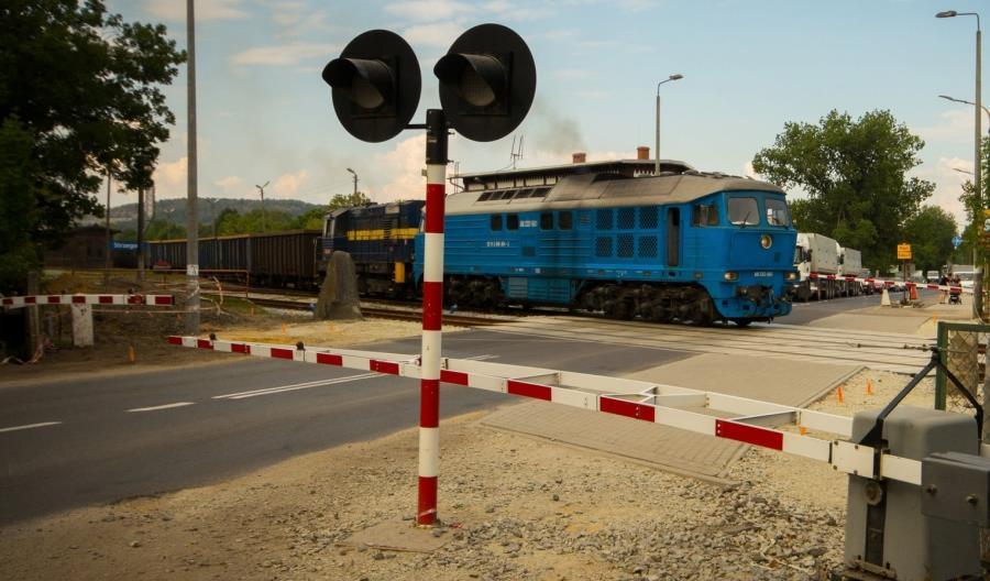 26 mln zł na zwiększenie bezpieczeństwa na przejazdach Dolnego Śląska