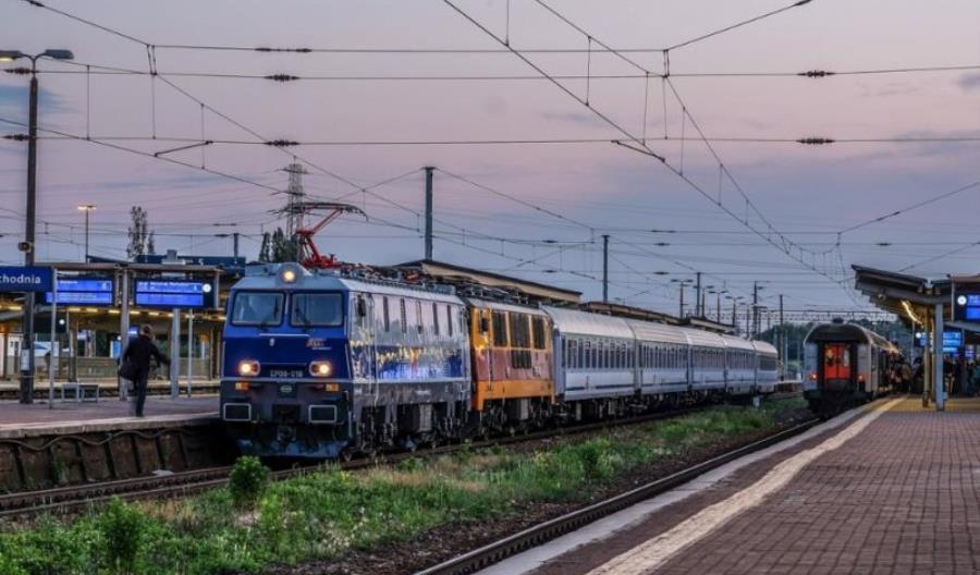 Punktualność pociągów PKP IC najgorsza od lat