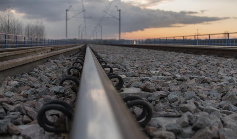 18 kilometrów linii kolejowej Poznań – Szczecin z wykonawcą modernizacji