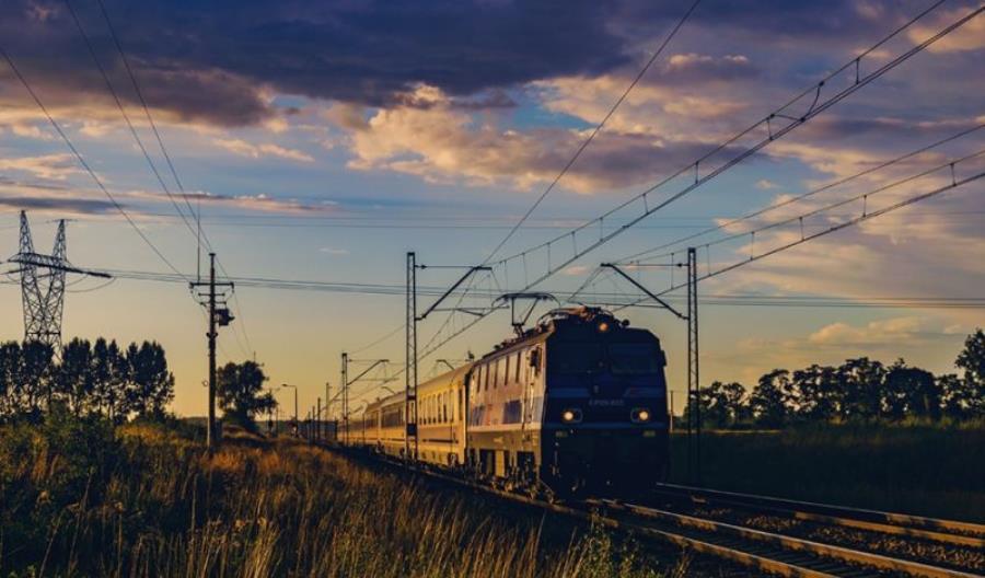 Nowe prawa pasażerów kolei: Pełen zwrot za dwie godziny opóźnienia