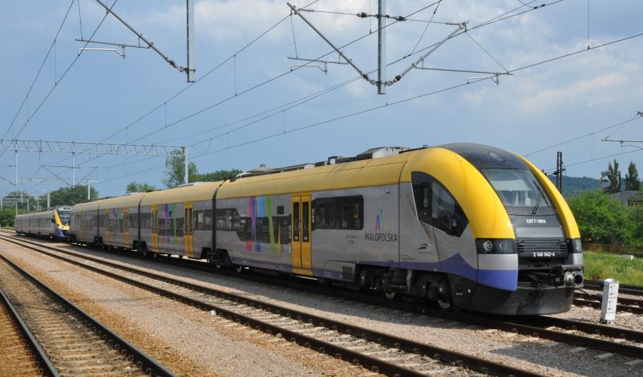 Małopolskie kładzie na stół 10-letni kontrakt na wykonywanie połączeń kolejowych