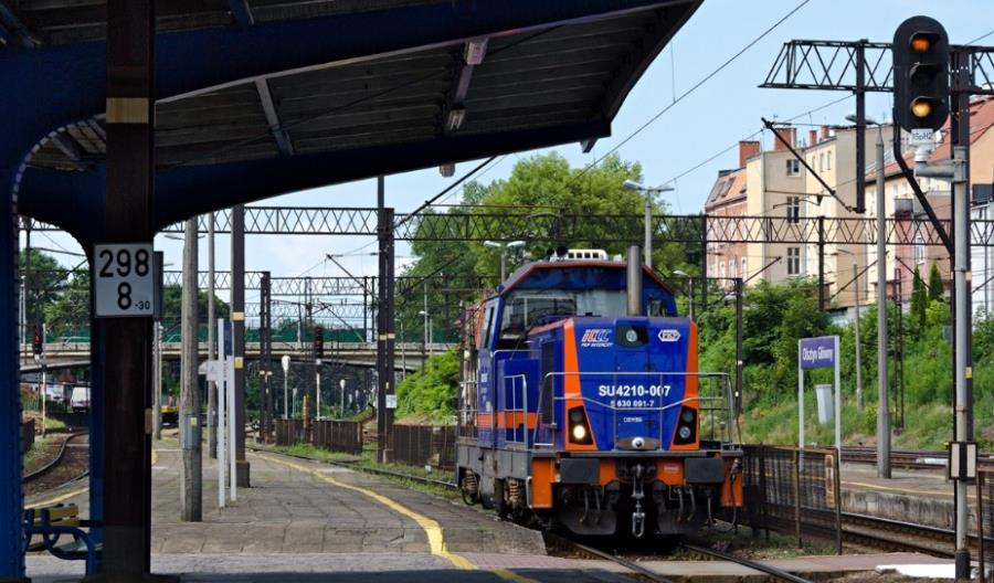 Przetarg na modernizację lokomotyw SM42 w PKP Intercity. Do trzech razy sztuka