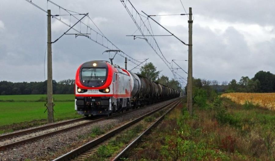 Pesa dostarczy 12 lokomotyw dla spółki PFR-u