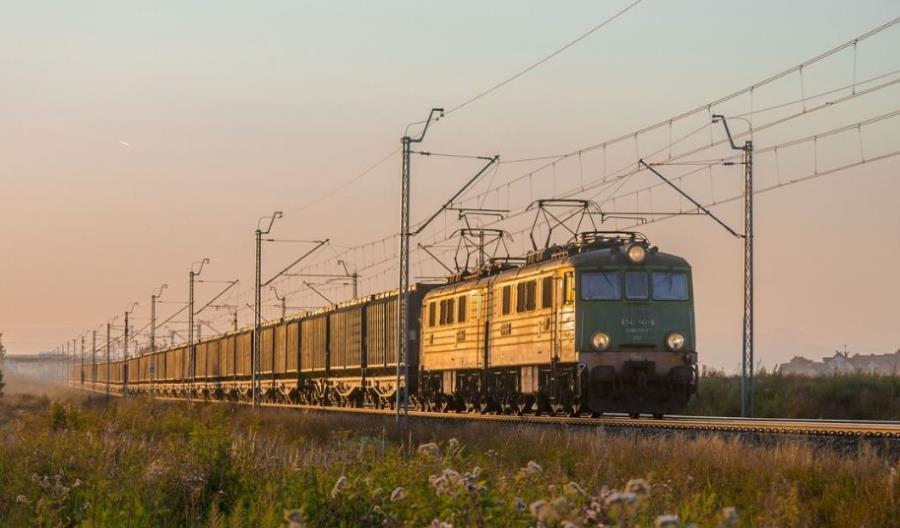 Podwójna rosyjska wygrana na dostawy wagonów dla Laude