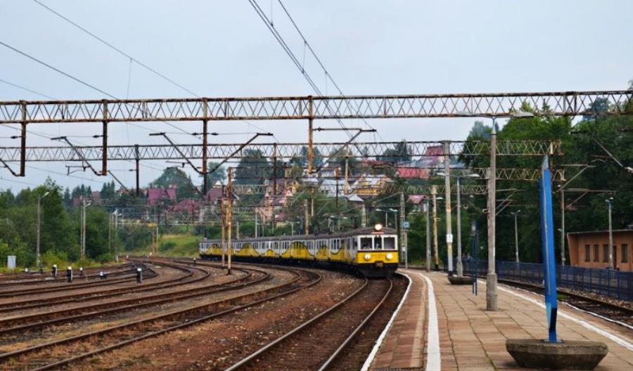 Środkowy odcinek kolejowej Zakopianki bez wykonawcy. Będzie nowy przetarg