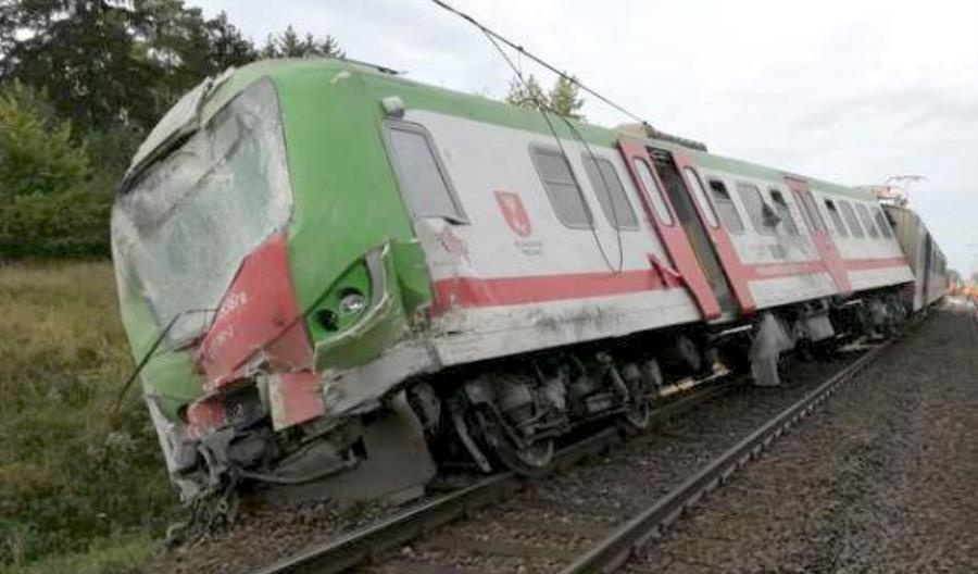 Przewozy Regionalne chcą naprawić EN57 rozbity na Podlasiu