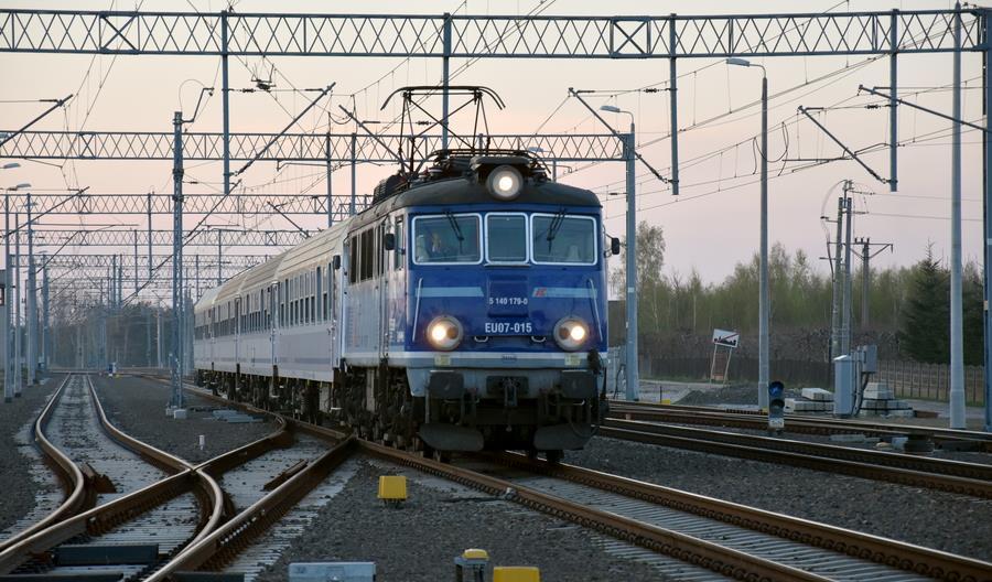 Dwa pociągi PKP Intercity między Radomiem i Kielcami nie zabierają pasażerów