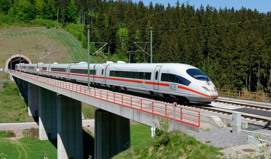 Sztandarowy niemiecki projekt KDP między Berlinem a Monachium