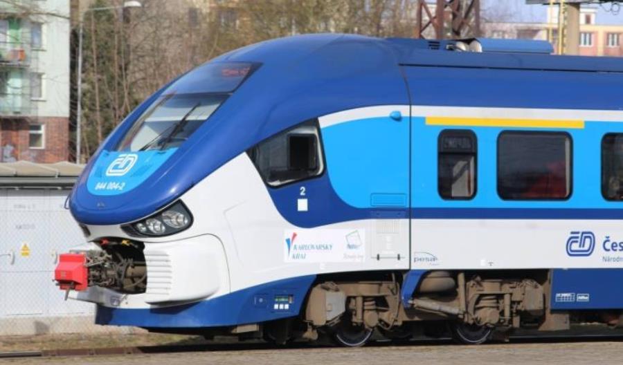 Pesa z ofertą na 60 spalinowych pojazdów dla Kolei Czeskich. Zainteresowany także Newag