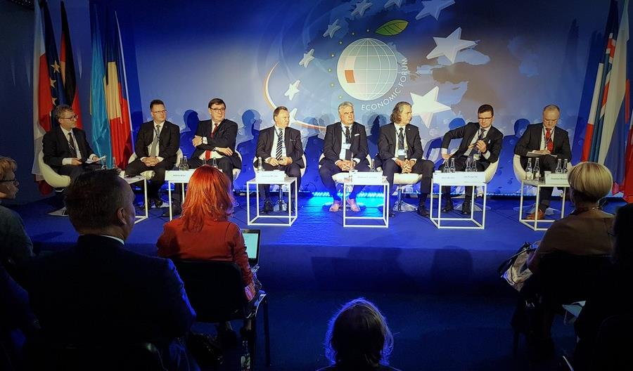 Forum Ekonomiczne w Krynicy: Polska kolej zmienia się w wielu obszarach
