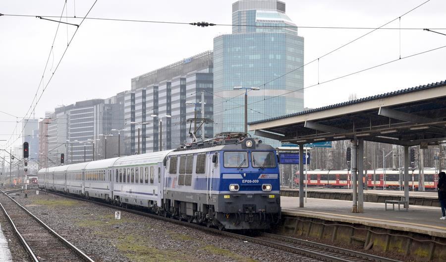 PKP Intercity chce lepiej reagować na potoki pasażerów w weekendy