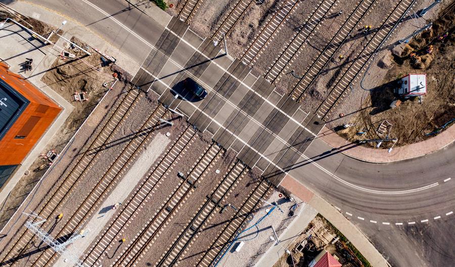 Prezes UTK: Większość niebezpiecznych zdarzeń na kolei ma miejsce przejazdach kolejowo-drogowych