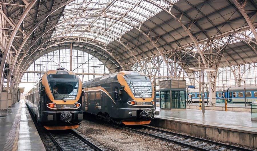 Koleje Dolnośląskie już nie wstydzą się pociągów Leo Express do Pragi