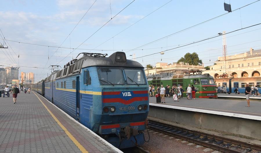 Koleje Ukraińskie chcą kupić ponad 200 nowych elektrowozów