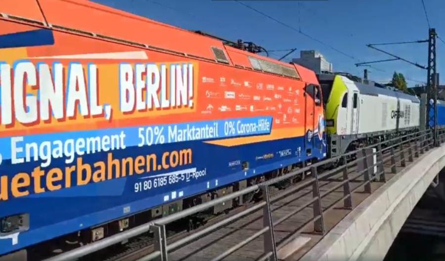 Narobili hałasu. Protest-pociąg z 20 lokomotyw przeciw faworyzowaniu DB [filmy]