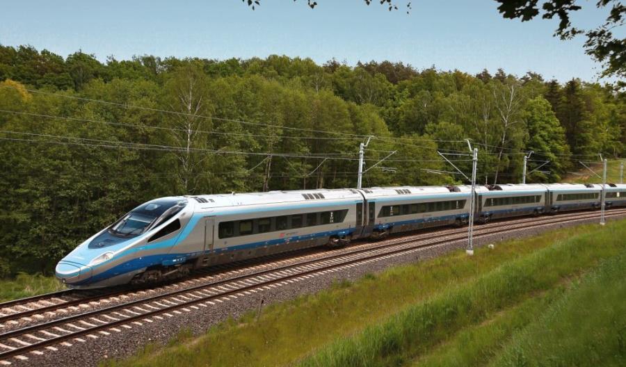 PKP Intercity przypomina o savoir-vivre w podróży