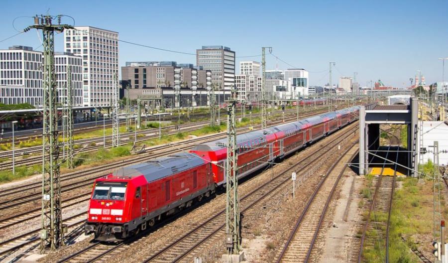 Niemcy: Przewozy dalekobieżne spadły o połowę