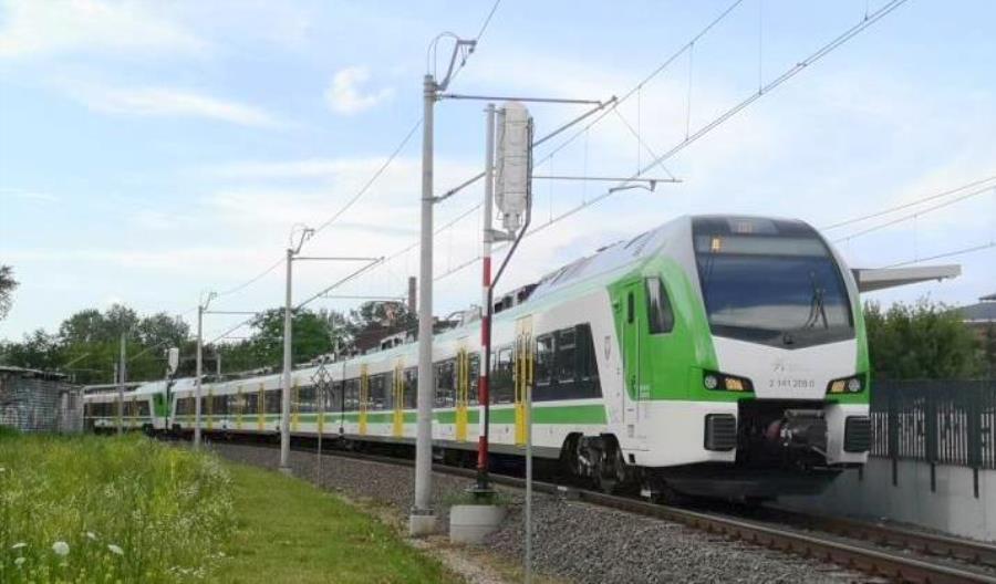 Zmiany na mazowieckiej kolei. Niektóre pociągi przez koronawirus... będą kursować szybciej