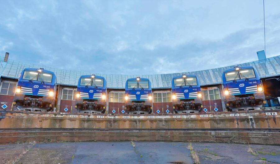 Koleje Czeskie pożyczają Vectrony. Mają pojechać z Pragi przez Wrocław do Gdyni