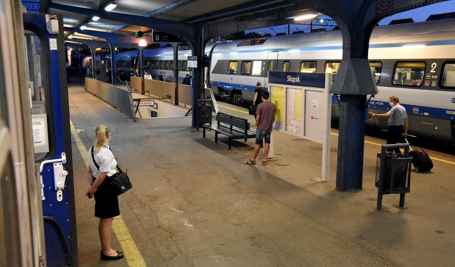 Słaba oferta pociągów TLK z Warszawy na Pomorze Środkowe. Po południu tylko Pendolino