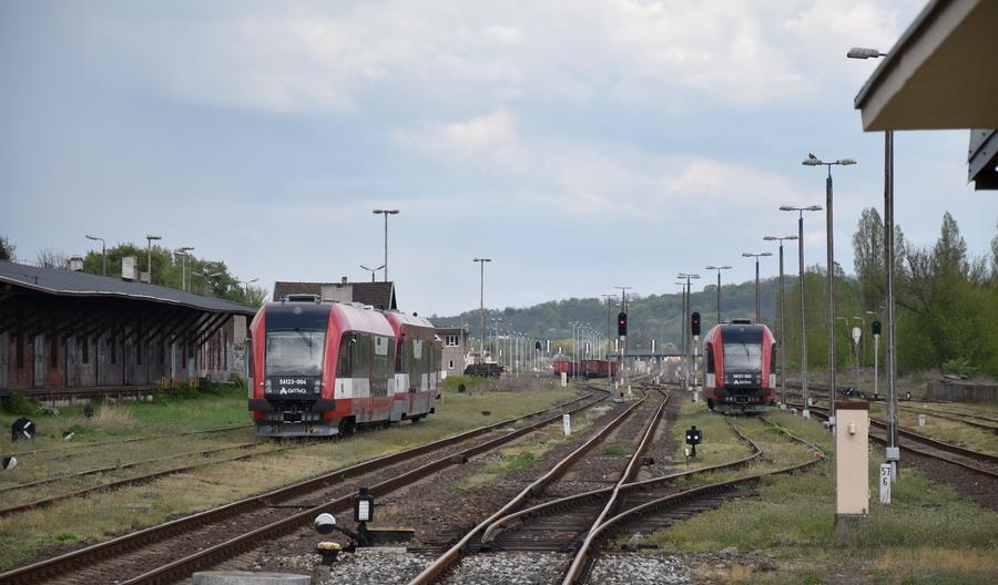 Są oferty na projektowanie modernizacji linii 208