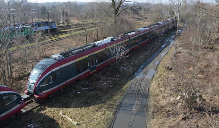 PKP Intercity wyjaśnia wewnątrz spółki, dlaczego odstawiono połowę ED74