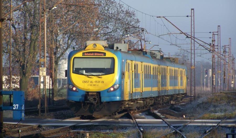 Do Tczewa dodatkowe pociągi, do Chojnic – KKA