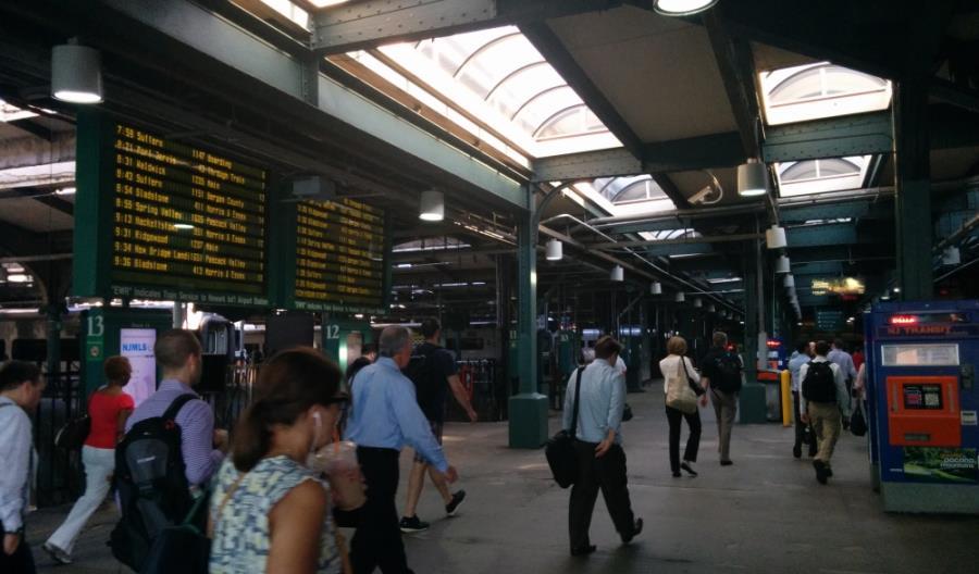 Katastrofa w New Jersey. Pociąg uderzył w budynek dworcowy stacji Hoboken