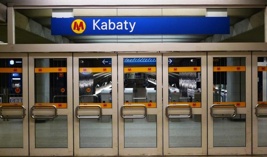Utrudnienia w warszawskim metrze. Z powodu złego samopoczucia pasażera