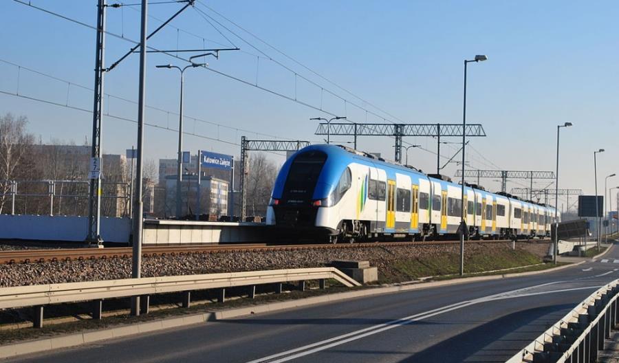 Koleje Śląskie zachęcają do podróży do Czech na majówkę