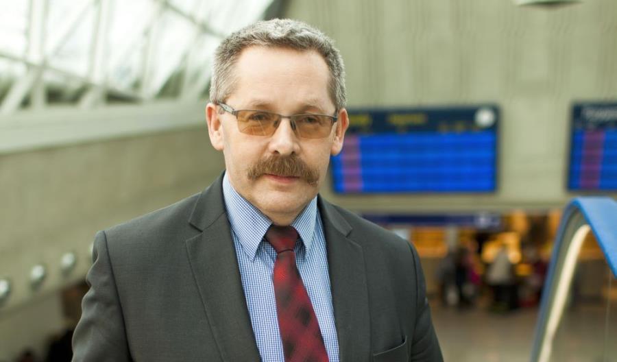 Pawłowski: Dworce zamieniliśmy w lotniska