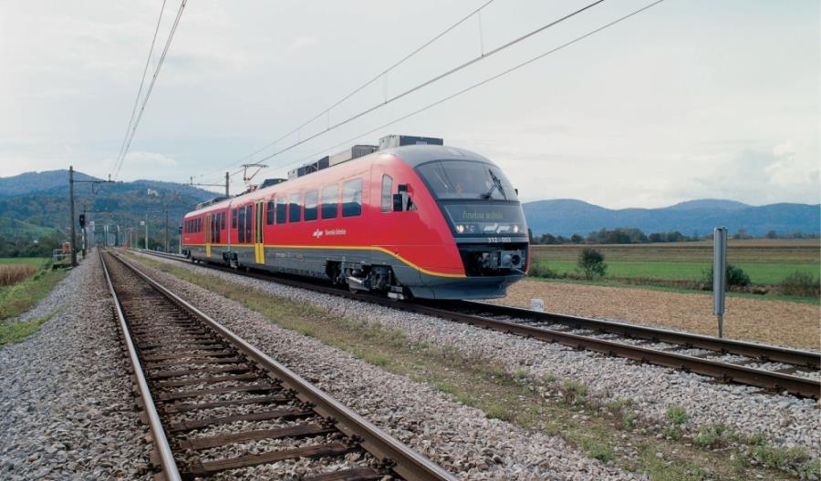 Słowenia i Węgry połączone siecią trakcyjną