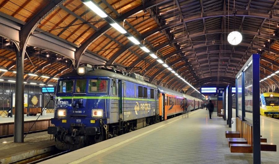 Przewozy Regionalne pożyczają lokomotywy z PKP Cargo
