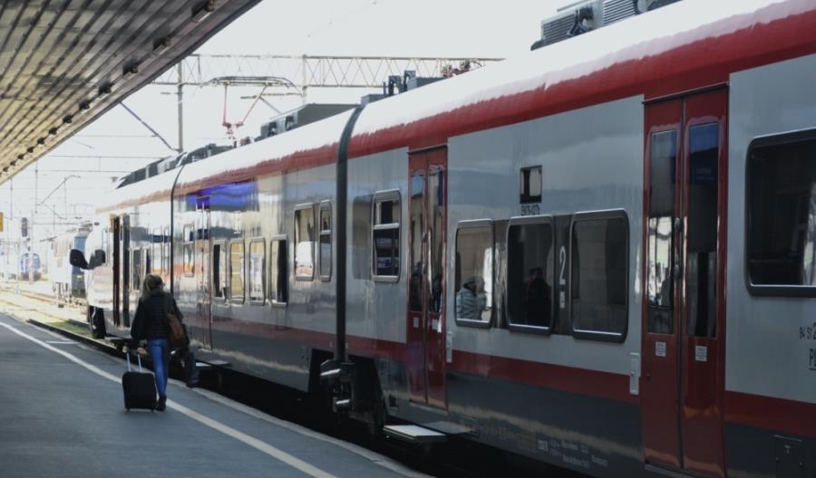 Pociągi stanęły w Wielkopolsce. PLK: Opanowujemy sytuację