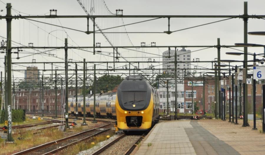 W Holandii pociągi oddadzą prąd elektrycznym autobusom