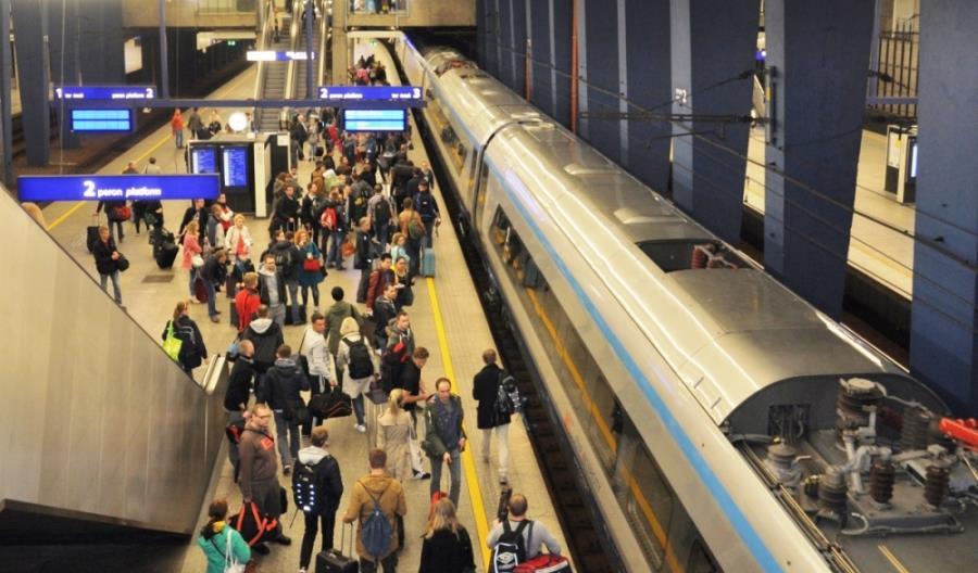 Trendy wzrostowe na kolei powinny się jeszcze utrzymać w 2017 r.