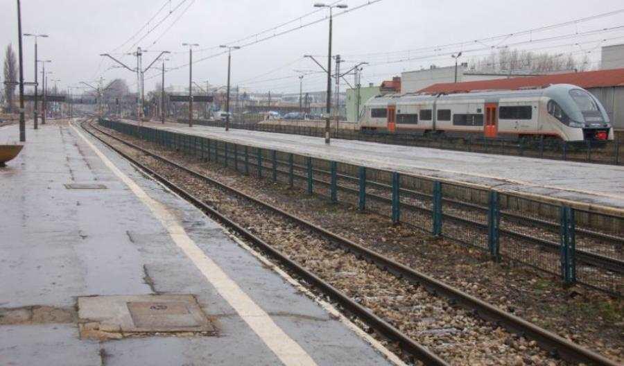 Świętokrzyskie: Mniej pociągów PR w dłuższych relacjach